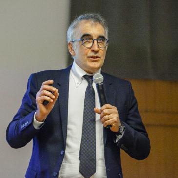 """Bioeconomia e """"crescita blu"""": Angelo Riccaboni nel gruppo di esperti che lavoreranno con il ministero alla definizione del prossimo Piano Nazionale per la Ricerca"""